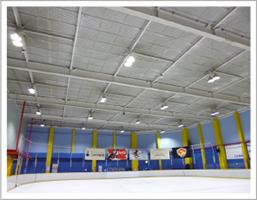 アイススケートリンクのLED照明の施工